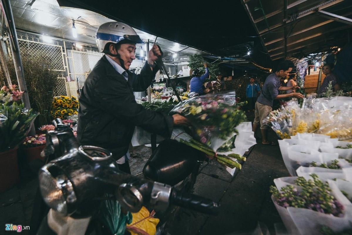 Anh: Dem truoc ngay 8/3 o vua hoa lon nhat Sai Gon-Hinh-11