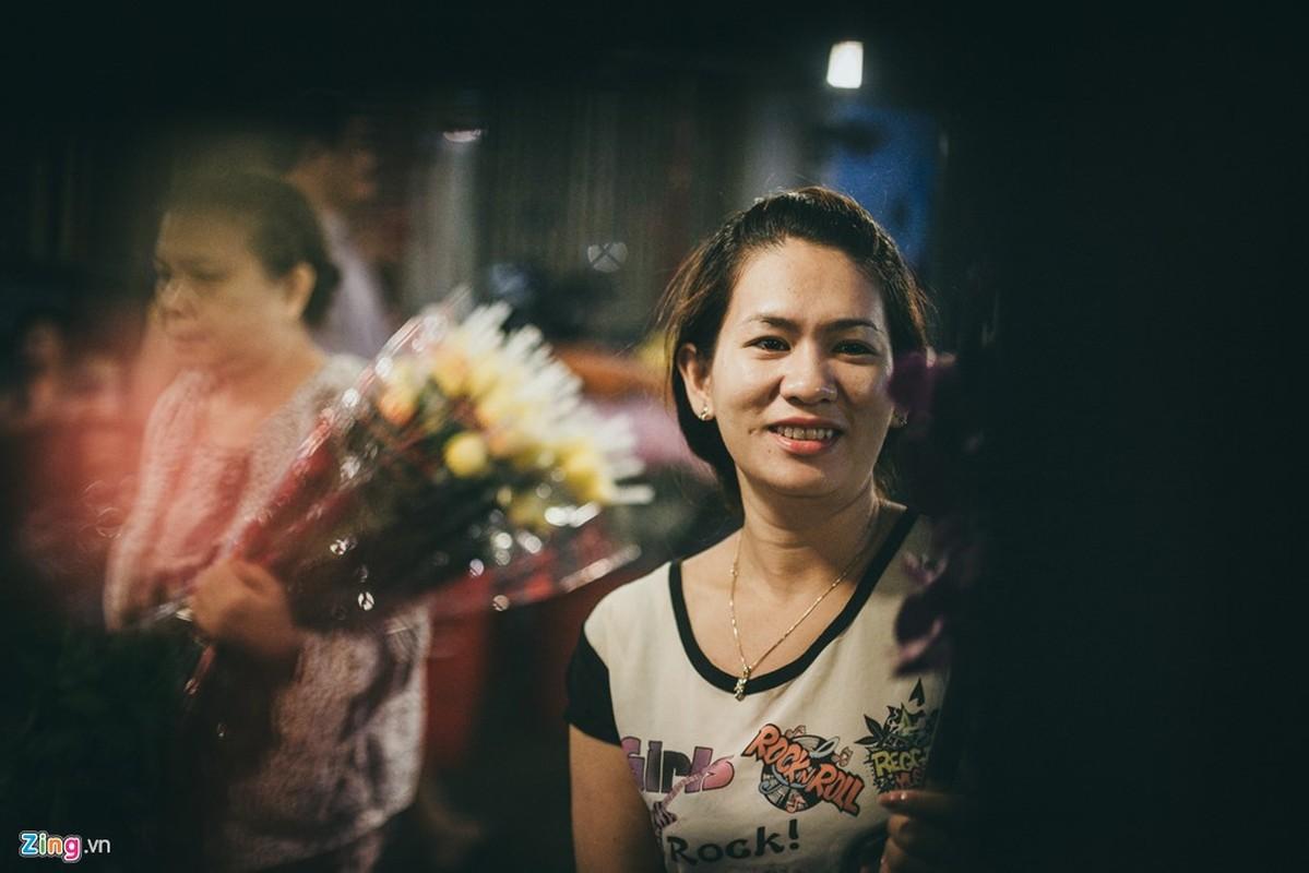 Anh: Dem truoc ngay 8/3 o vua hoa lon nhat Sai Gon-Hinh-17