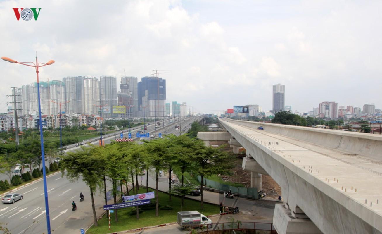 Anh: Can canh tuyen metro so 1 TP HCM ngon ngang doi von-Hinh-12