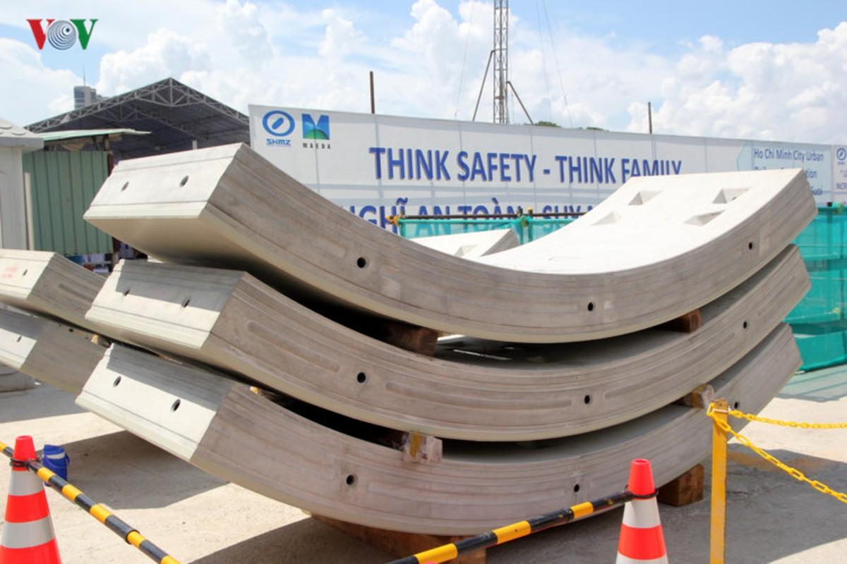 Anh: Can canh tuyen metro so 1 TP HCM ngon ngang doi von-Hinh-15