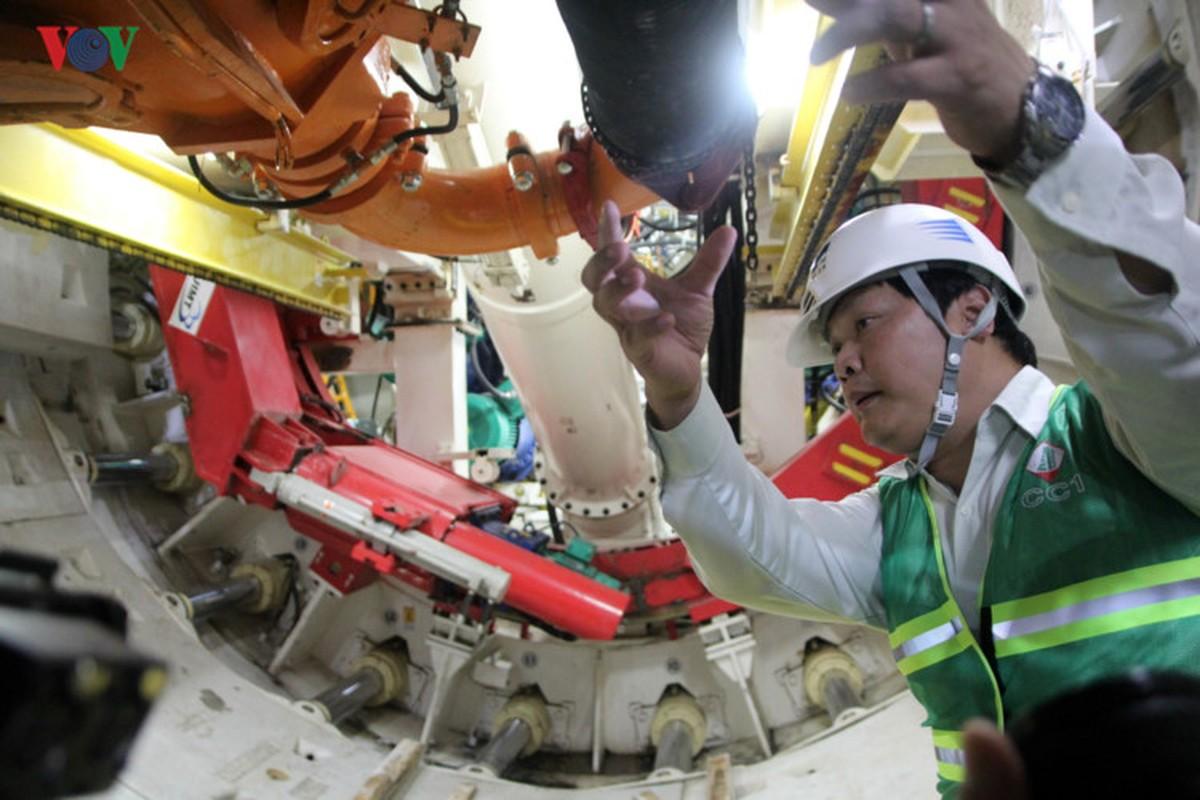 Anh: Can canh tuyen metro so 1 TP HCM ngon ngang doi von-Hinh-21