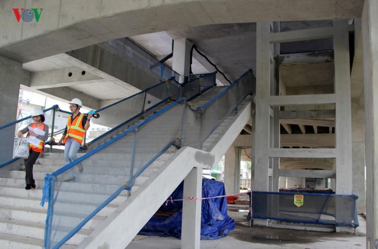 Anh: Can canh tuyen metro so 1 TP HCM ngon ngang doi von-Hinh-7