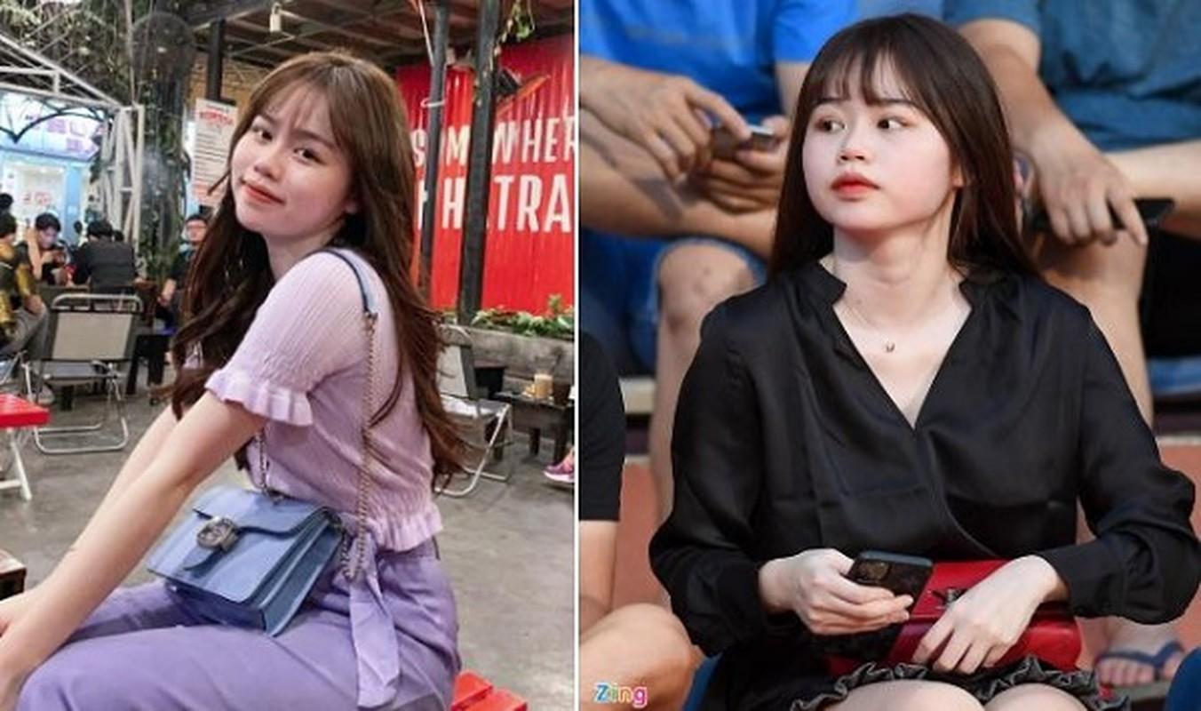 Nhan sac vo Cong Phuong, ban gai Quang Hai trong anh khong chinh sua-Hinh-4