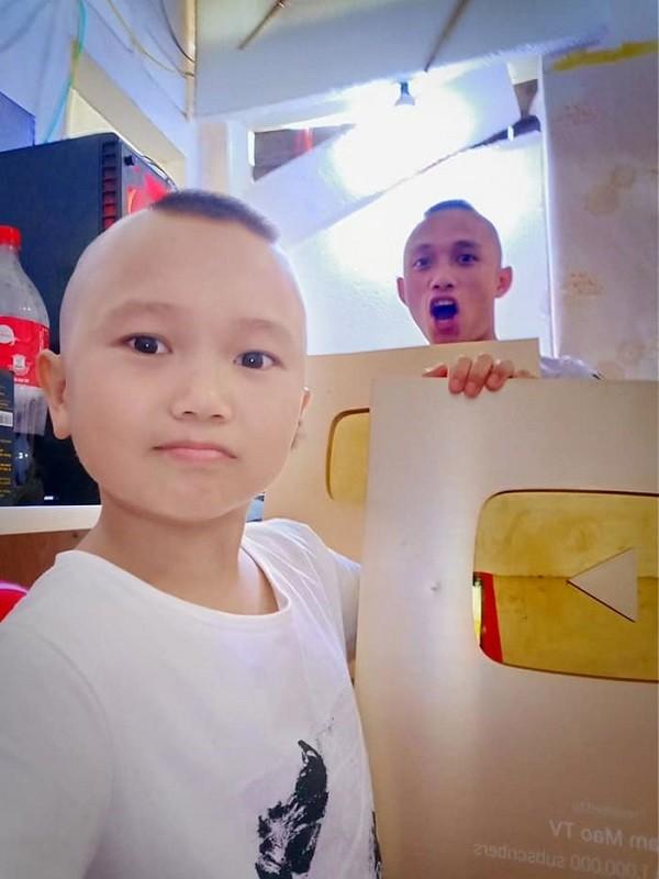Ba Tan Vlogs, NTN va nhung Youtuber tai tieng nhat Viet Nam-Hinh-13