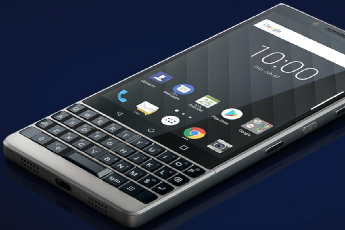 "Smartphone 5G ban phim QWERTY gop cong ""hoi sinh"" BlackBerry-Hinh-7"