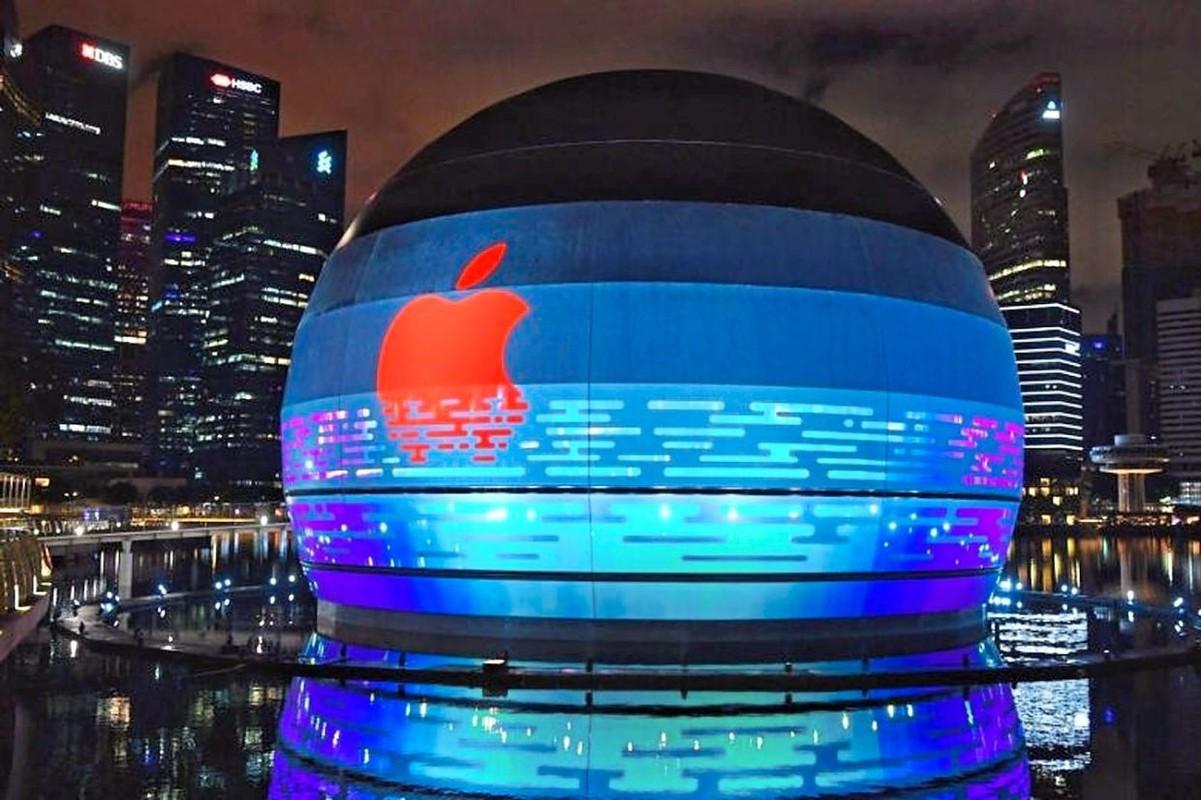 Apple Store lenh denh tren mat nuoc chua tung co trong lich su