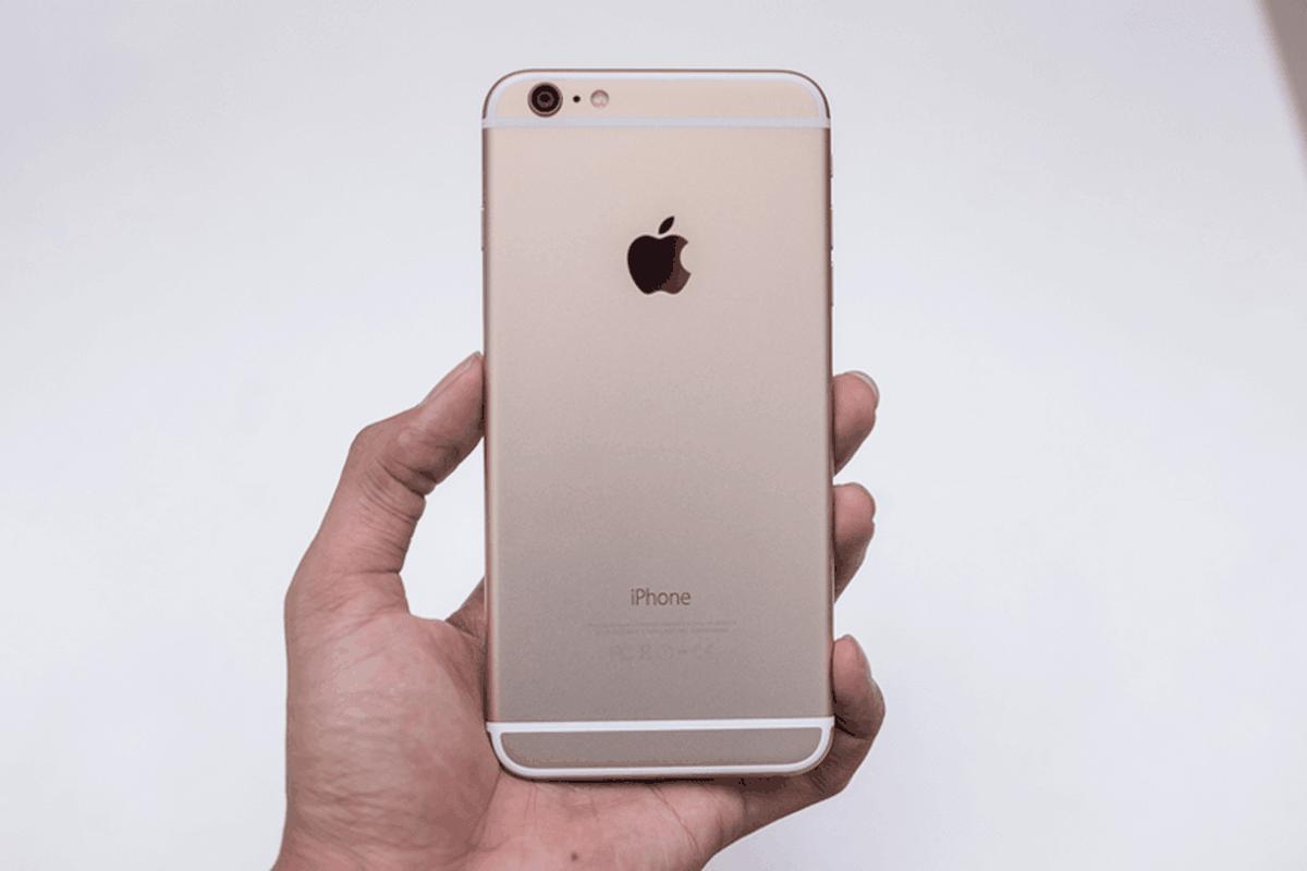 "Top 5 iPhone te nhat lich su Apple van ban ""dat nhu tom tuoi""-Hinh-4"
