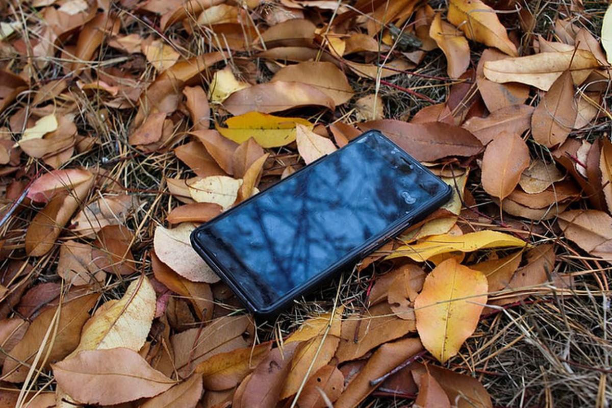 """Ta hoa phat hien anh selfie cua """"ke trom"""" trong iPhone bi danh cap-Hinh-2"""