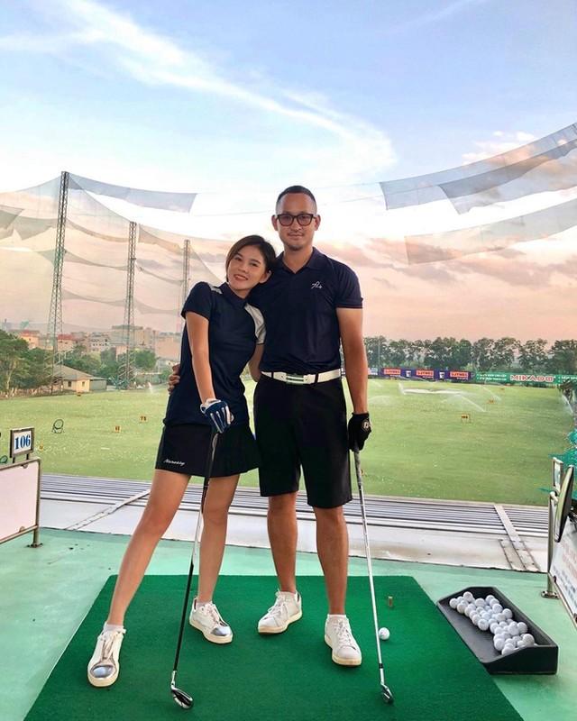 Dan my nhan Viet khoe tron body nuot na tren san golf-Hinh-13