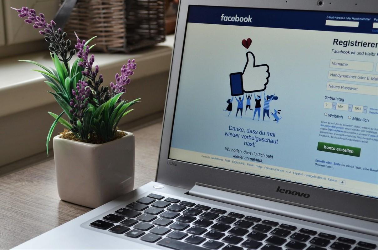 Nguoi phat hon, ke tay chay khi bi dung giao dien Facebook moi-Hinh-14