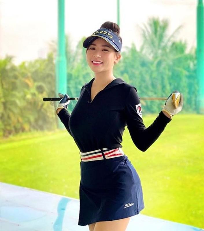 "Hotgirl Ha Thanh khien ca san golf ""dan mat"" vi body nuot na-Hinh-6"