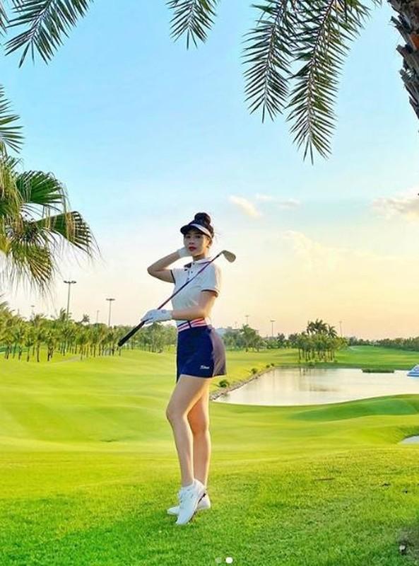 "Hotgirl Ha Thanh khien ca san golf ""dan mat"" vi body nuot na-Hinh-7"