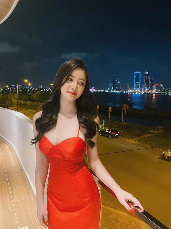 Hotgirl RMIT khoe dang tren san co khien hoi golf thu do ram ram-Hinh-14
