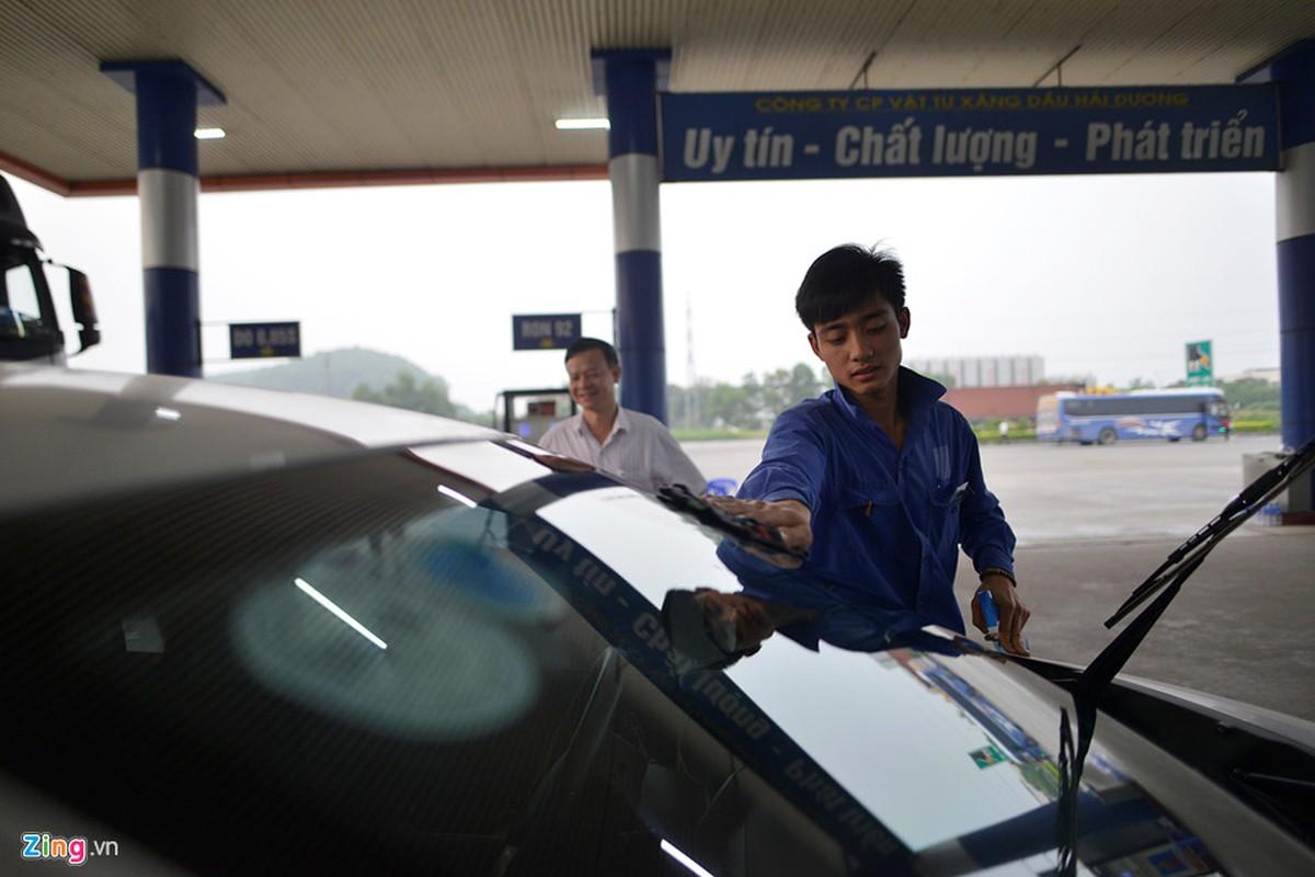 Cay xang tang nuoc, rua xe mien phi it nguoi biet o Bac Ninh-Hinh-5