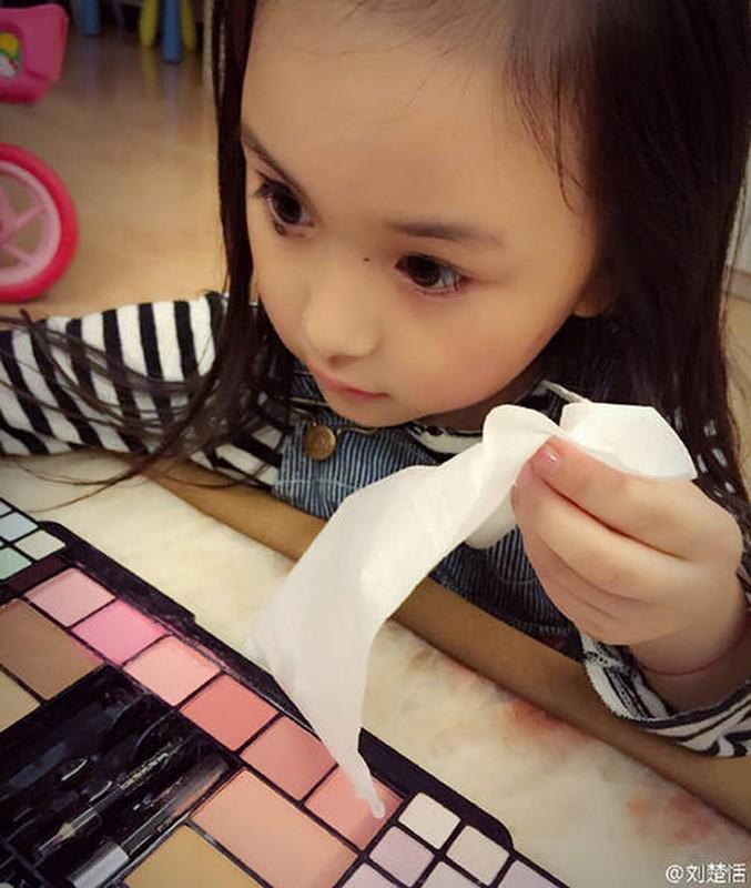 Tieu my nhan tu trang diem cuc xinh hut hon dan mang