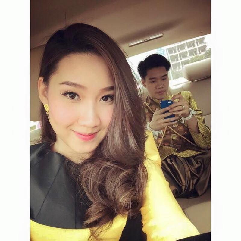 Nu sinh nguoi Lao goc Viet la hot girl truong Ngoai giao-Hinh-8
