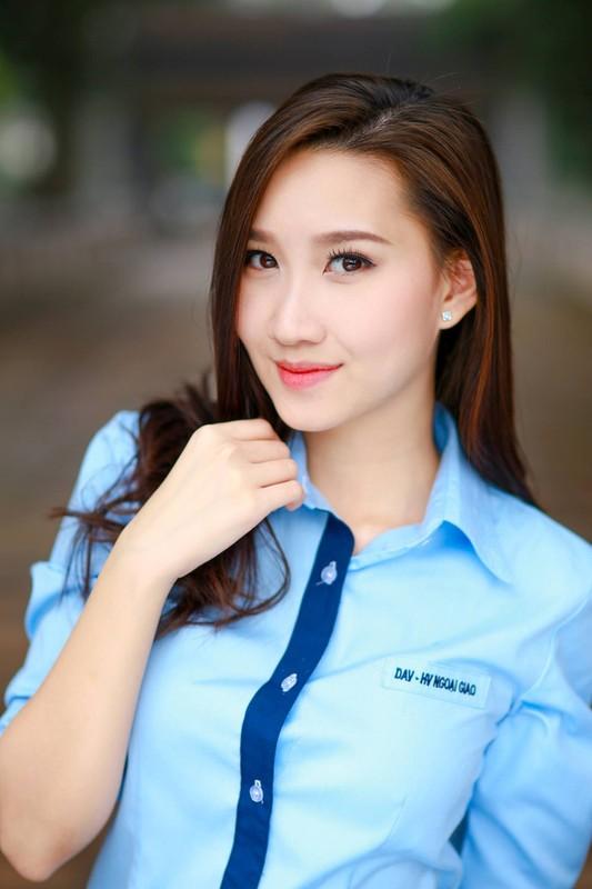 Nu sinh nguoi Lao goc Viet la hot girl truong Ngoai giao