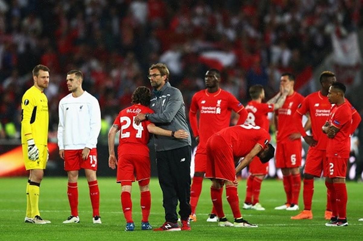 """Khuon mat """"ban than"""" cua CDV Liverpool sau tran CK Europa League-Hinh-10"""