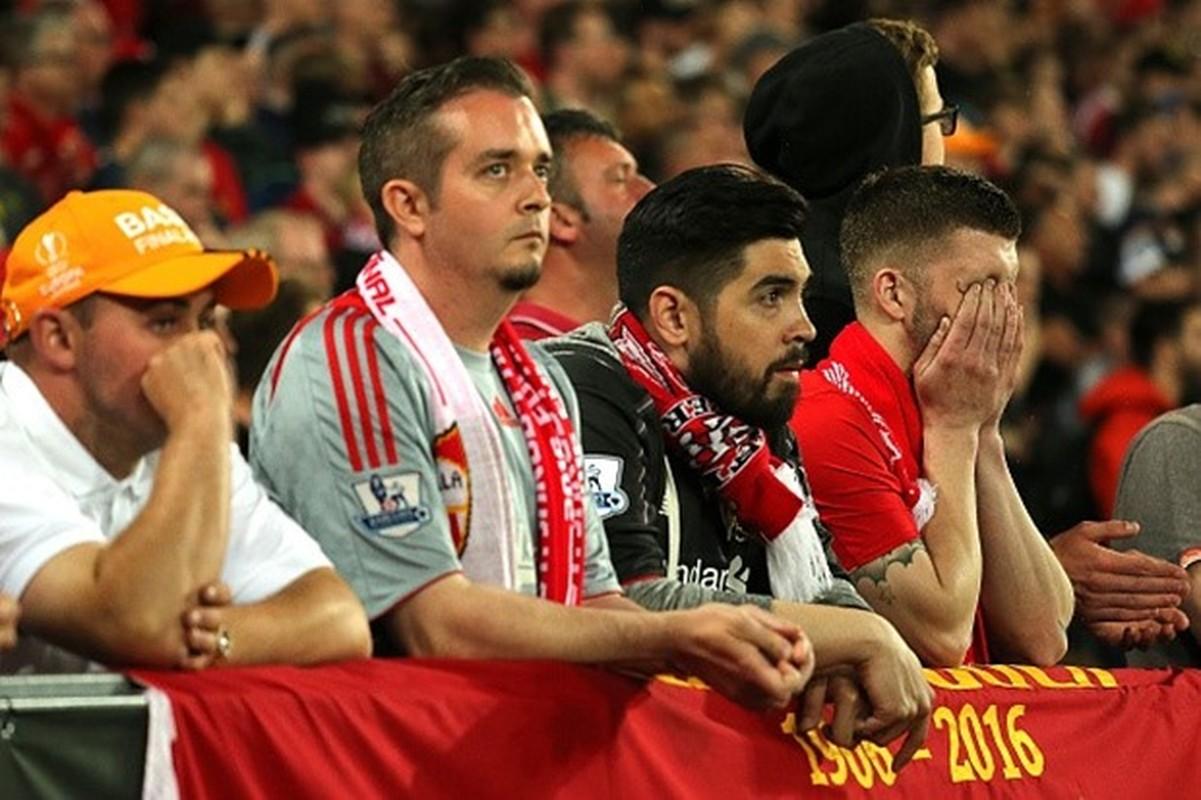 """Khuon mat """"ban than"""" cua CDV Liverpool sau tran CK Europa League-Hinh-2"""