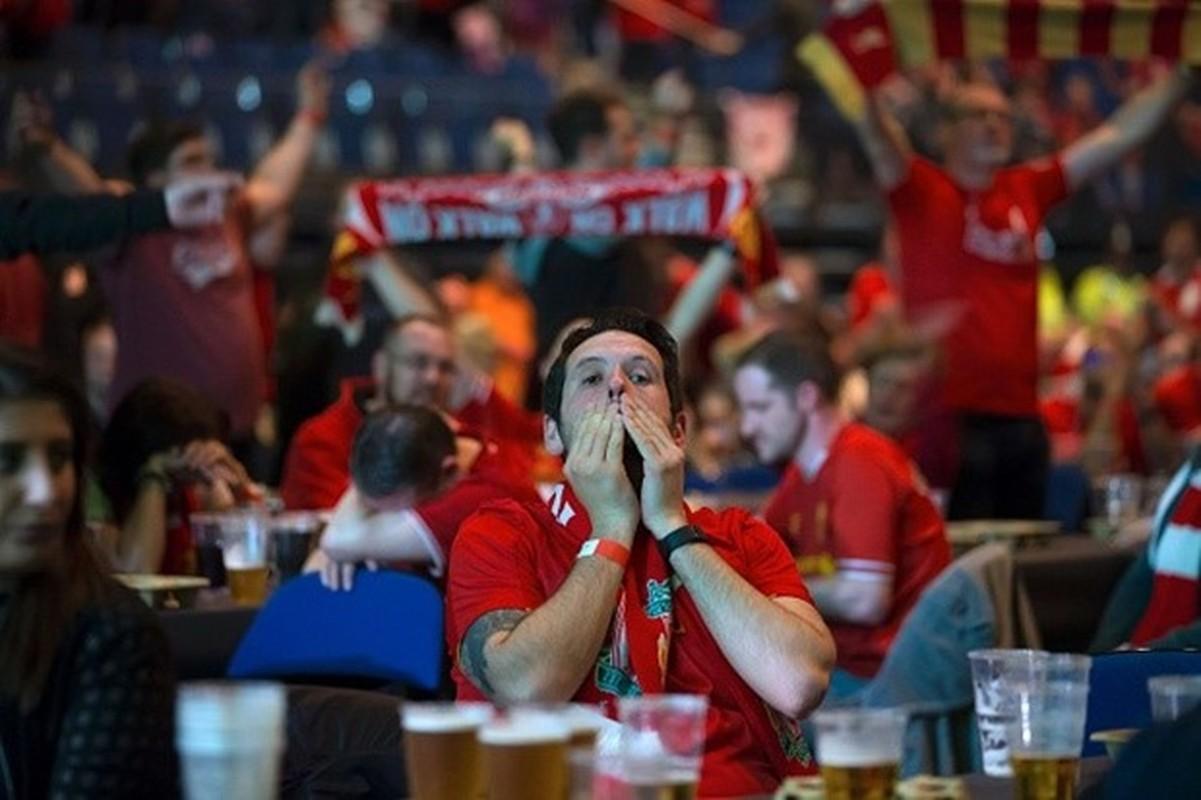 """Khuon mat """"ban than"""" cua CDV Liverpool sau tran CK Europa League-Hinh-6"""