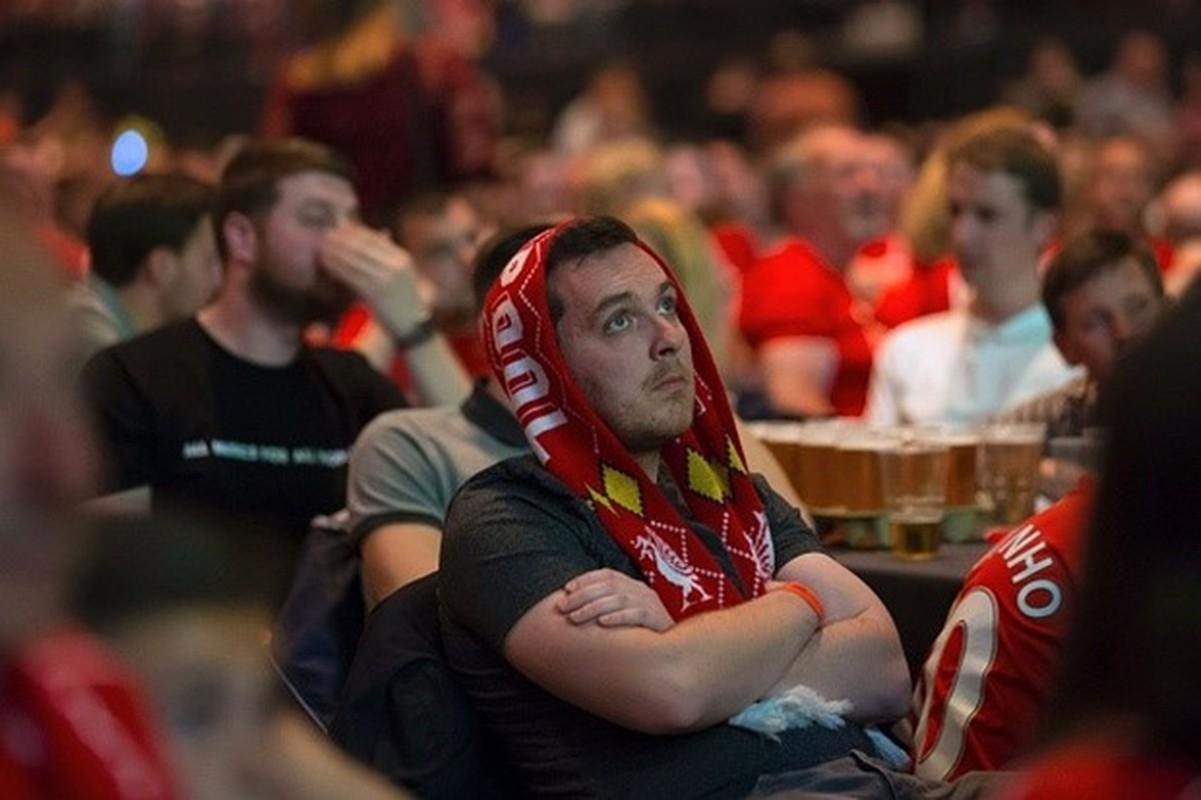 """Khuon mat """"ban than"""" cua CDV Liverpool sau tran CK Europa League-Hinh-7"""