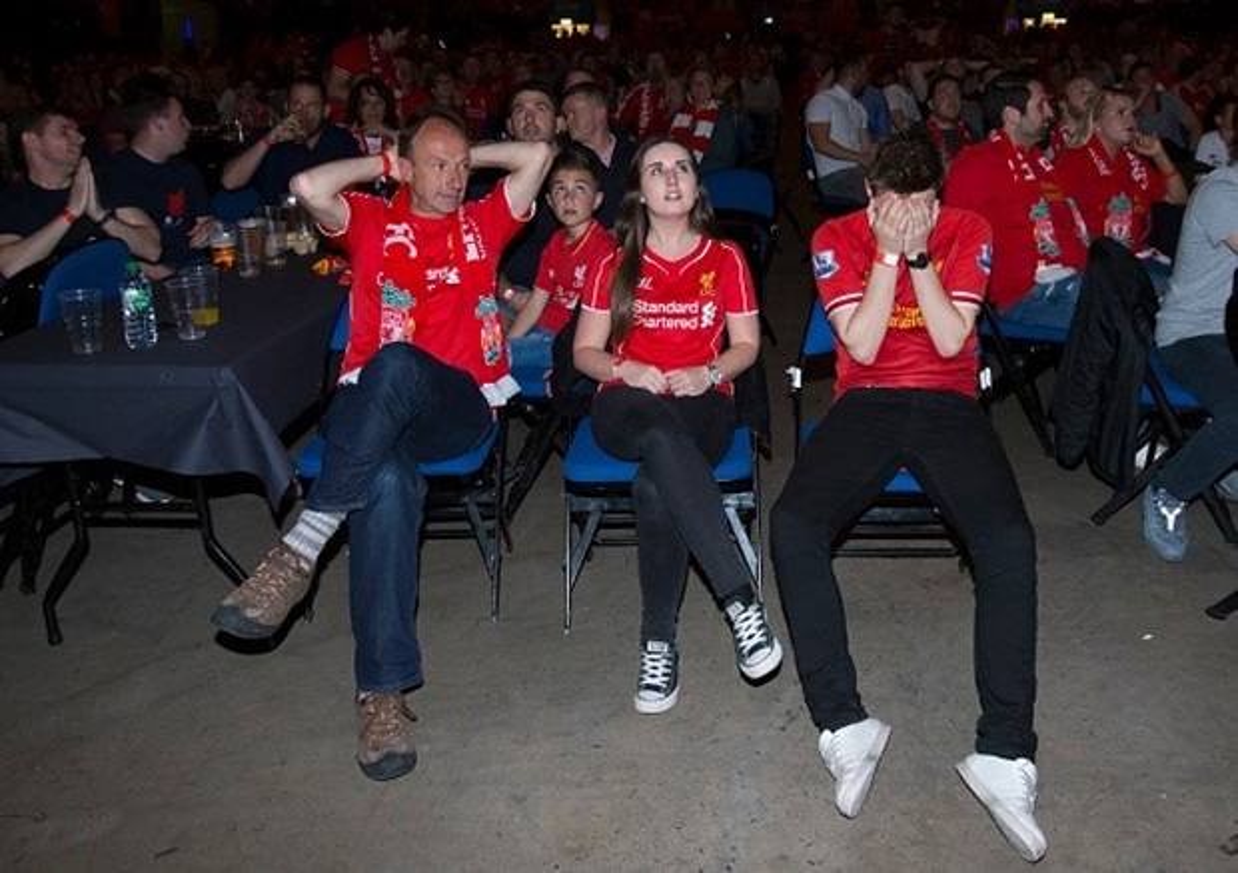 """Khuon mat """"ban than"""" cua CDV Liverpool sau tran CK Europa League-Hinh-8"""