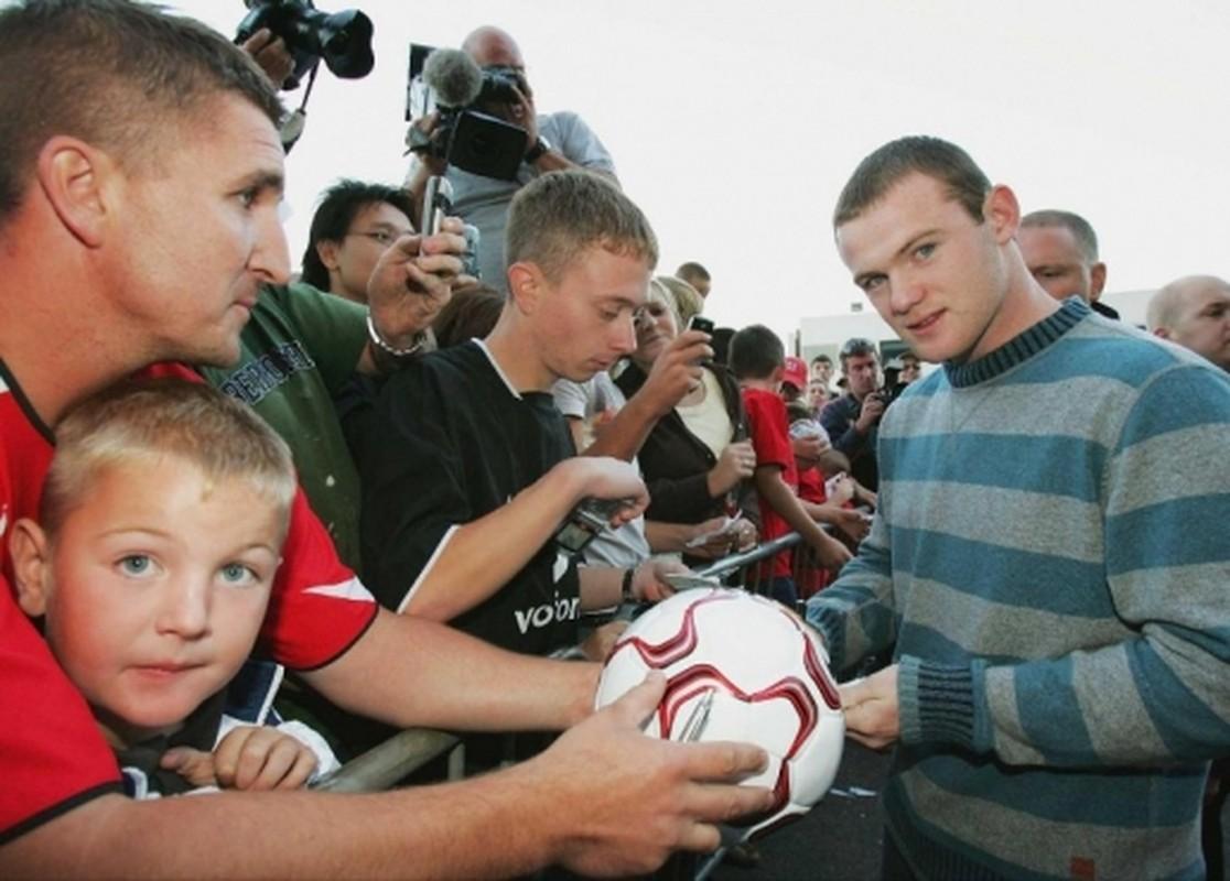 Nhung buc anh dang nho trong su nghiep cua Wayne Rooney-Hinh-2