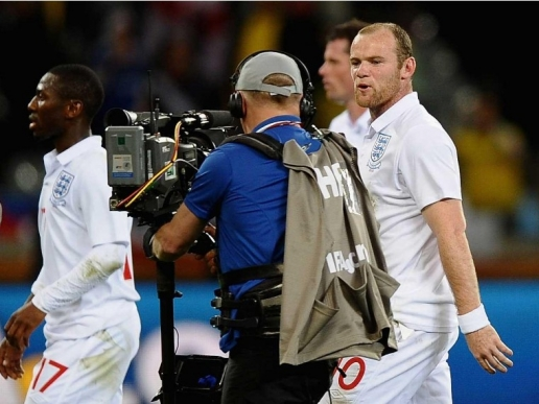 Nhung buc anh dang nho trong su nghiep cua Wayne Rooney-Hinh-8