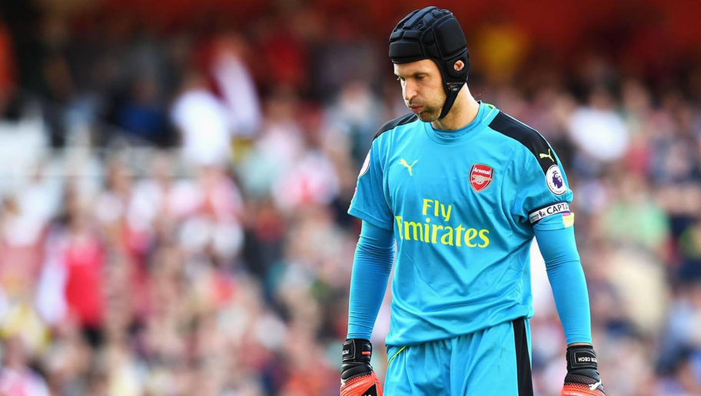 Arsenal, Leicester thong tri doi hinh te nhat vong 1 giai Ngoai hang Anh