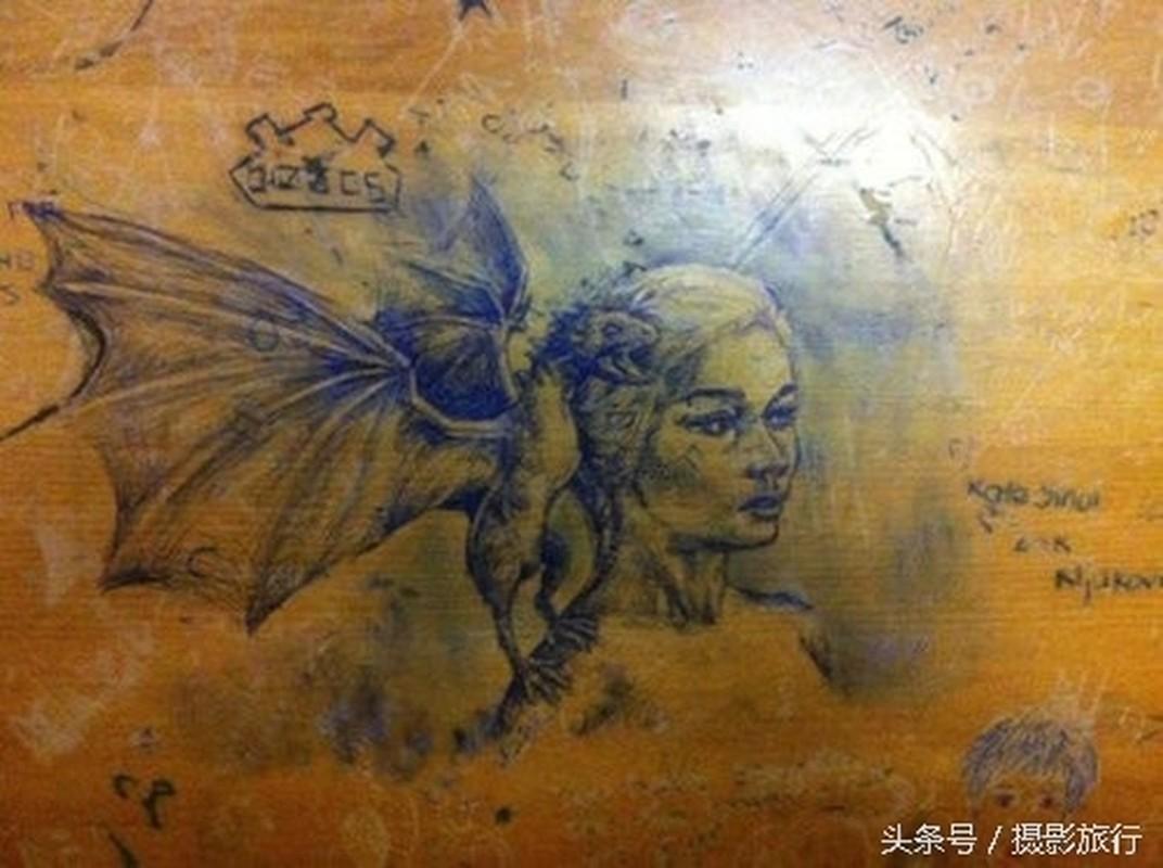 "Nhung tac pham nghe thuat ""ve bay"" len ban hoc gay choang-Hinh-2"