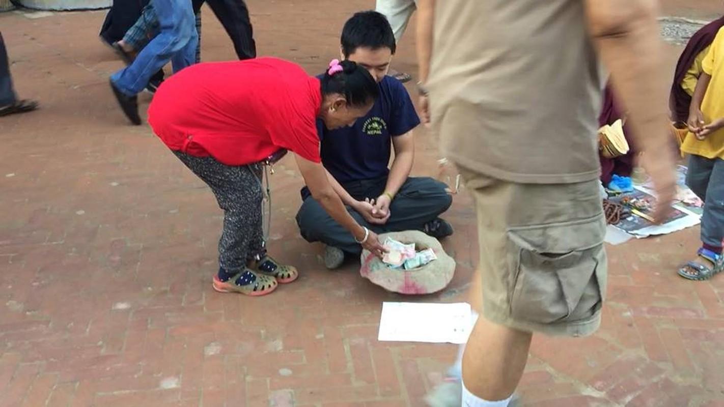 Gap 8X Viet gia an xin o Nepal bat ngo vi cai ket-Hinh-7