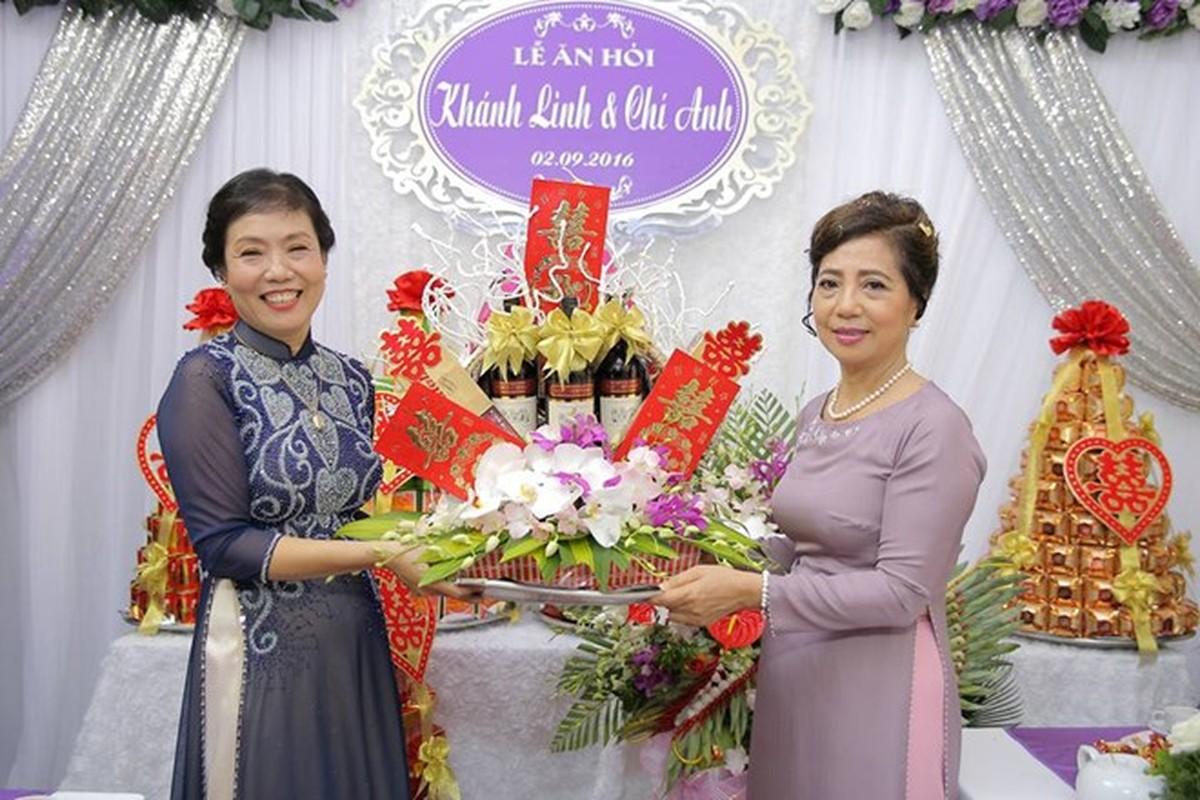 Chum anh Le an hoi cua Chi Anh va vo kem 20 tuoi-Hinh-7