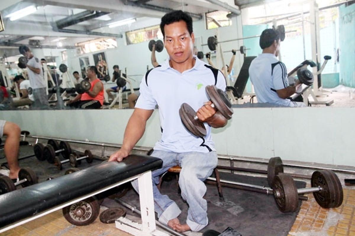 Khoanh khac Le Van Cong dem HCV Paralympic lich su cho TTVN-Hinh-10