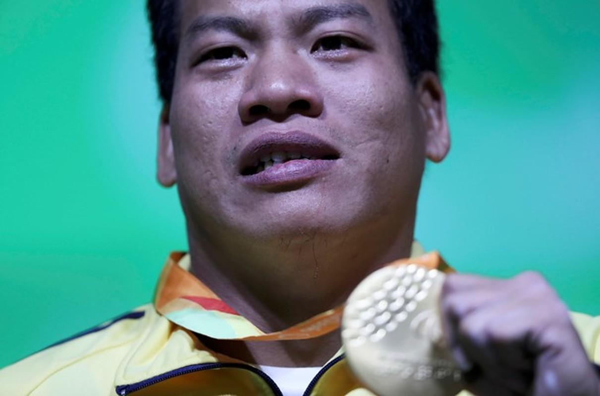 Khoanh khac Le Van Cong dem HCV Paralympic lich su cho TTVN-Hinh-2