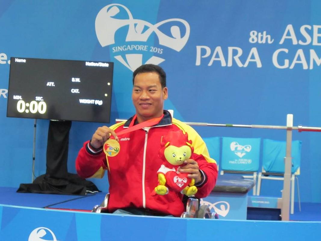 Khoanh khac Le Van Cong dem HCV Paralympic lich su cho TTVN-Hinh-8
