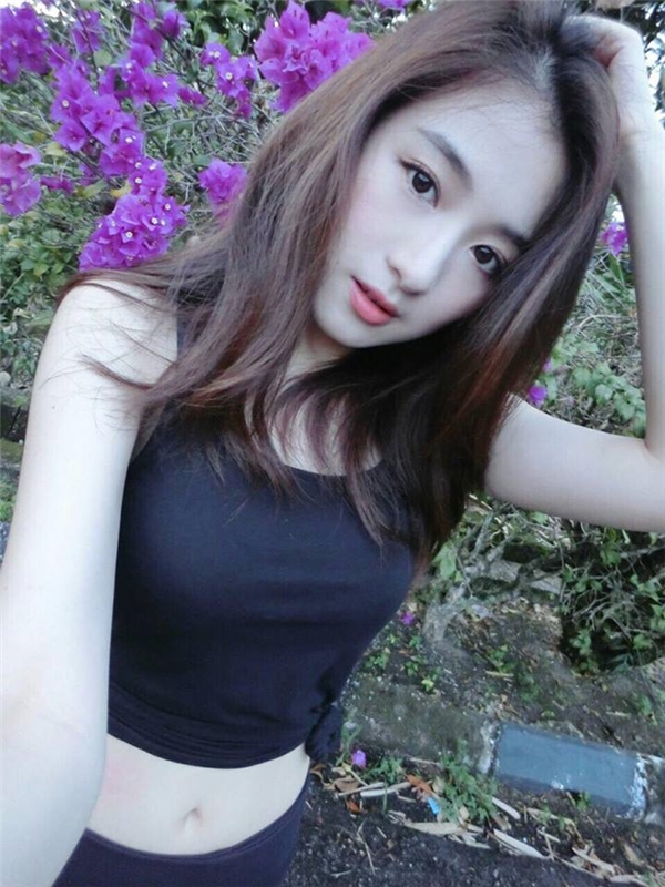 Dan mang phat hien ban sao hot girl Sa Lim tai Malaysia-Hinh-3