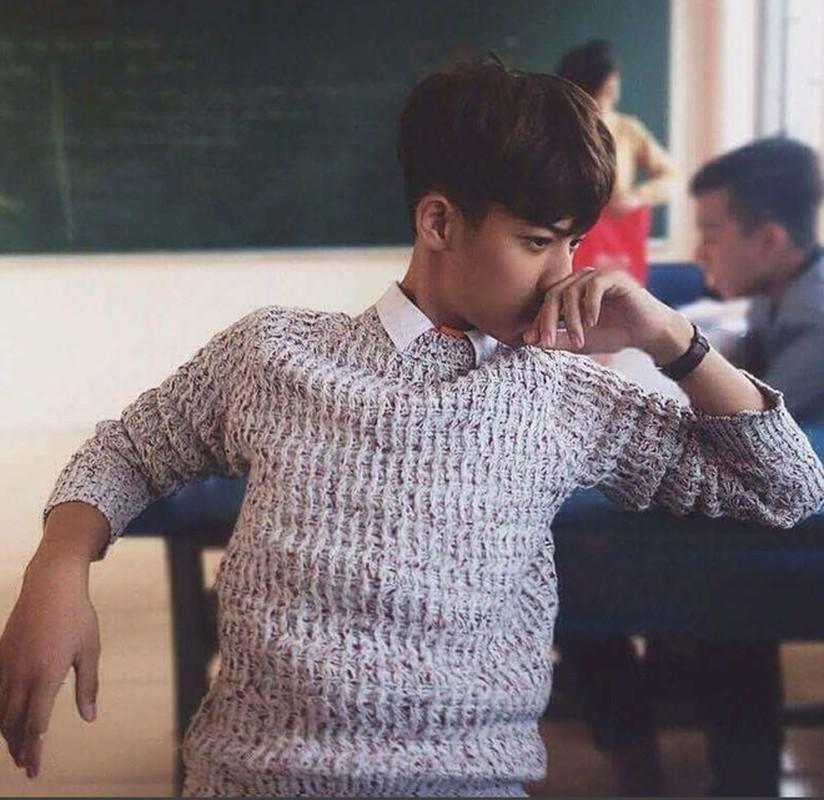 "Nam sinh 2002, khien dan tinh ""lac mat"" voi than hinh 6 mui-Hinh-8"