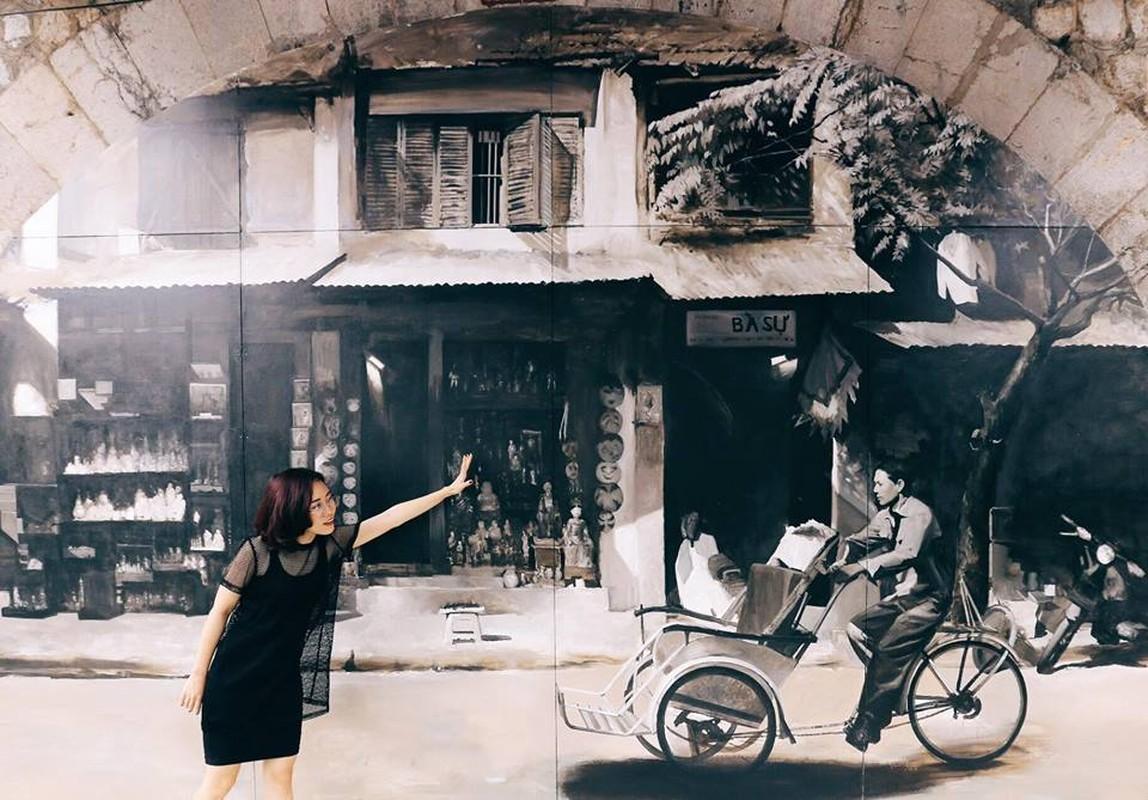 Gioi tre Ha Noi thich thu voi duong tranh bich hoa Phung Hung-Hinh-8