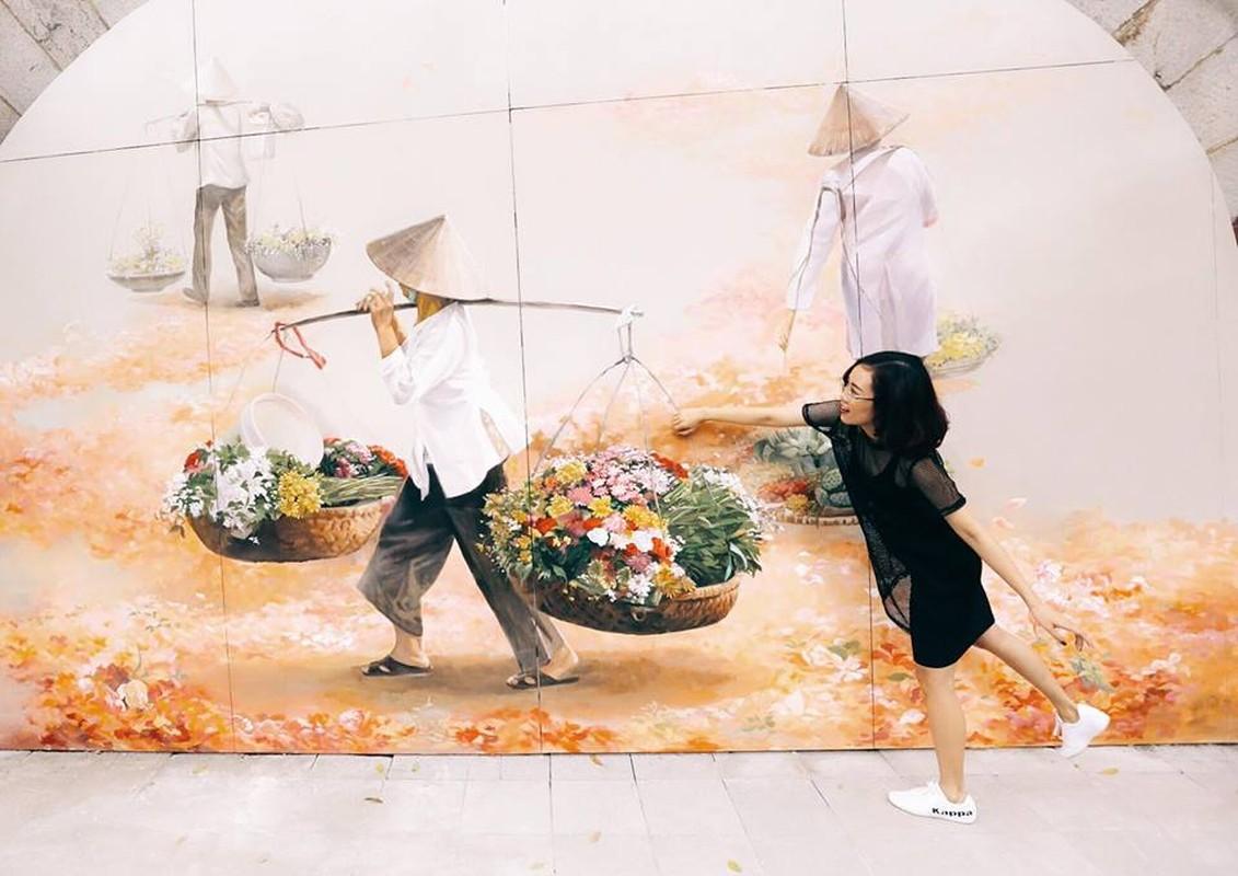 Gioi tre Ha Noi thich thu voi duong tranh bich hoa Phung Hung