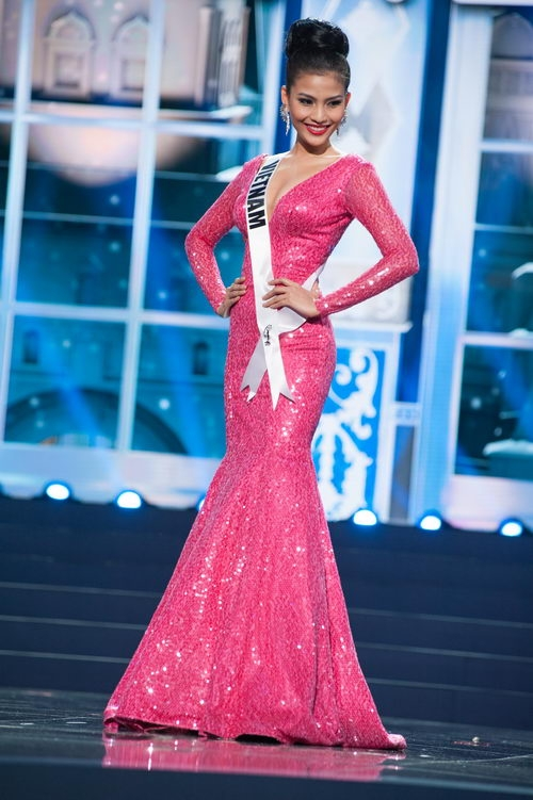Nhung bo dam da hoi giup nguoi dep Viet toa sang tai Miss Universe-Hinh-6