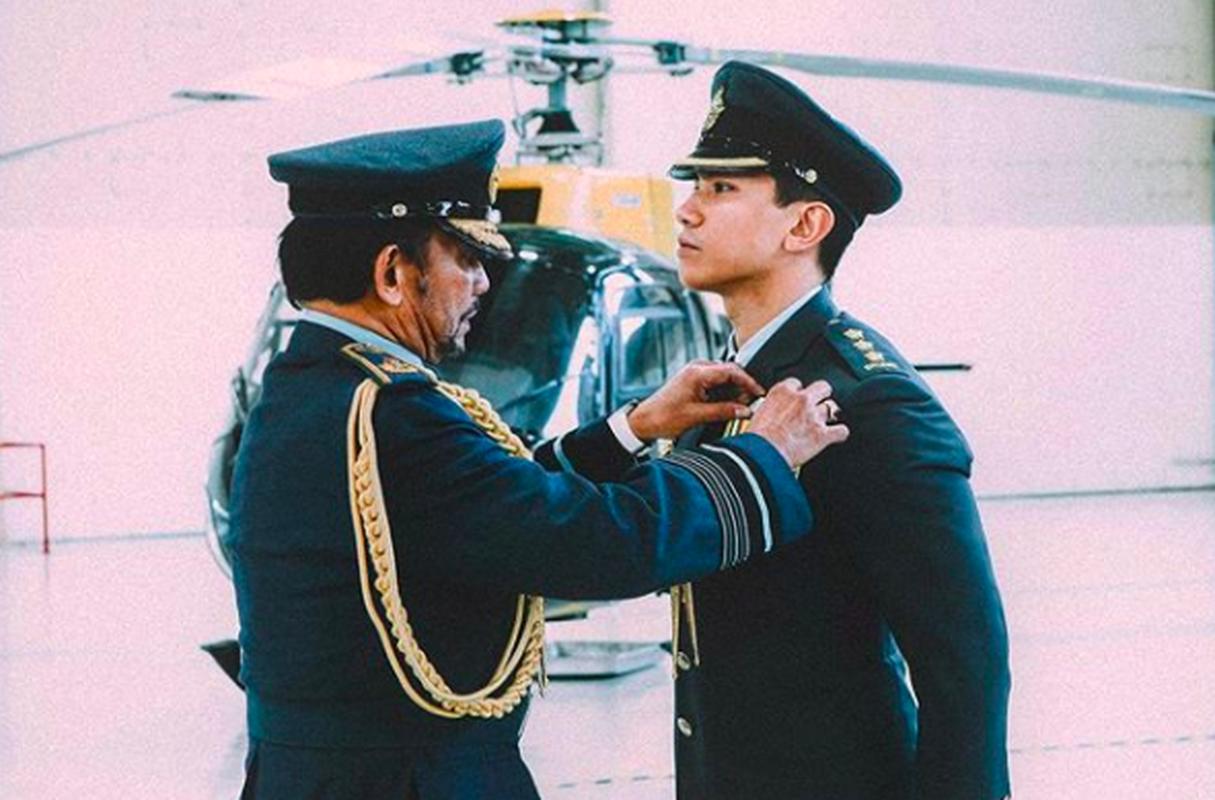 """""""Cuc pham hoang tu"""" Brunei lai khien dan mang phat sot voi loat anh hot-Hinh-4"""