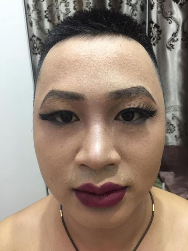 Buc anh gay nhieu tranh cai: Make up giup hoan doi khuon mat?-Hinh-6