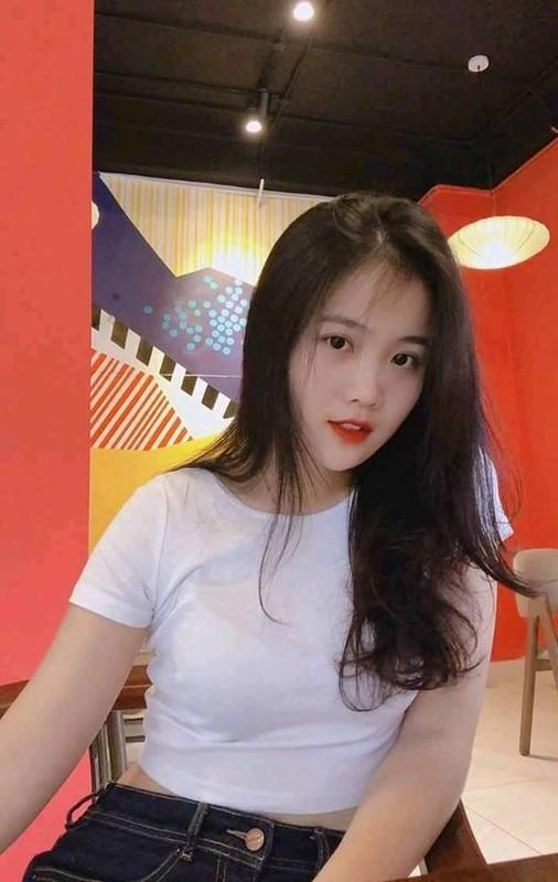 Lai them tuyen thu U23 Viet Nam de lo ban gai xinh nhu mong-Hinh-5