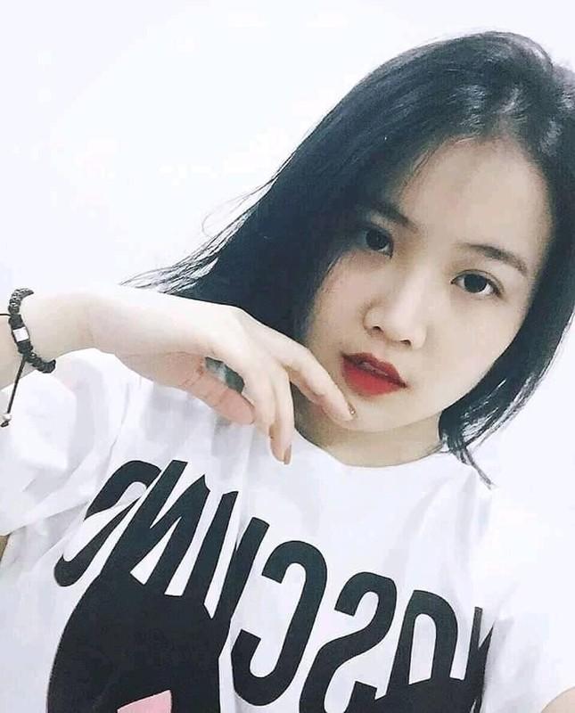 Lai them tuyen thu U23 Viet Nam de lo ban gai xinh nhu mong-Hinh-7