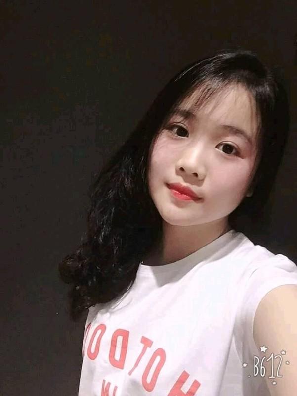 Lai them tuyen thu U23 Viet Nam de lo ban gai xinh nhu mong-Hinh-8