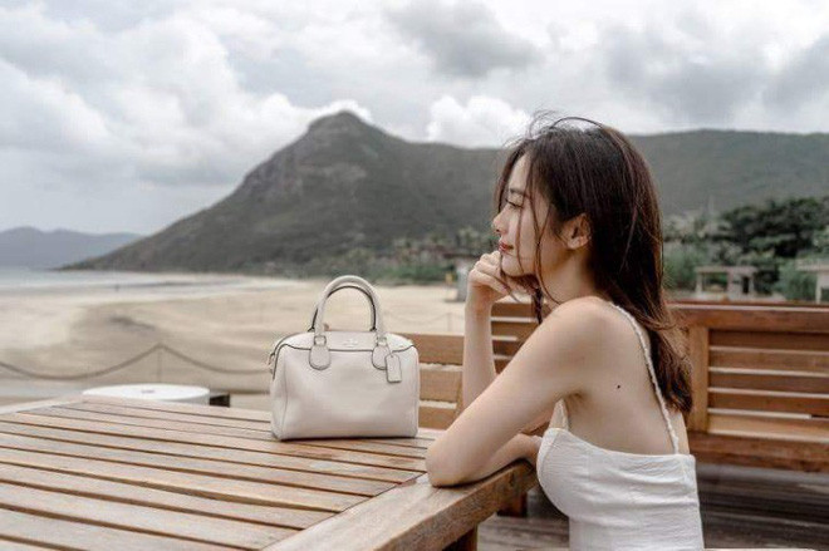 "Hot girl Jun Vu khien bao Han Quoc ""ban loan"" vi nhan sac vi dieu-Hinh-2"