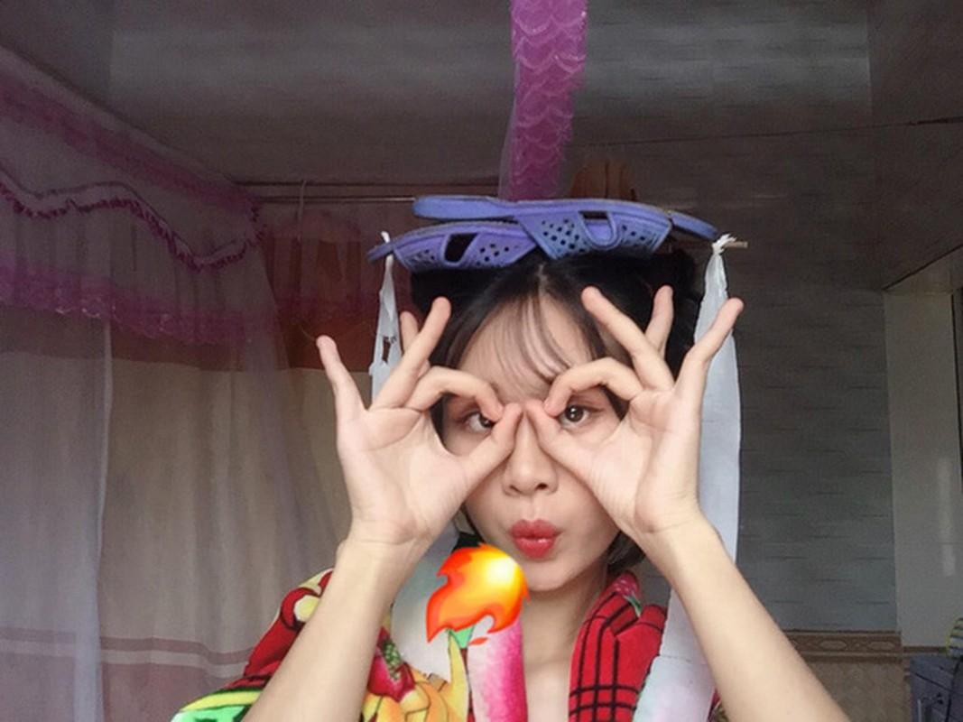 Cosplay co trang bang chan con cong, co gai khien dan mang phi cuoi-Hinh-3