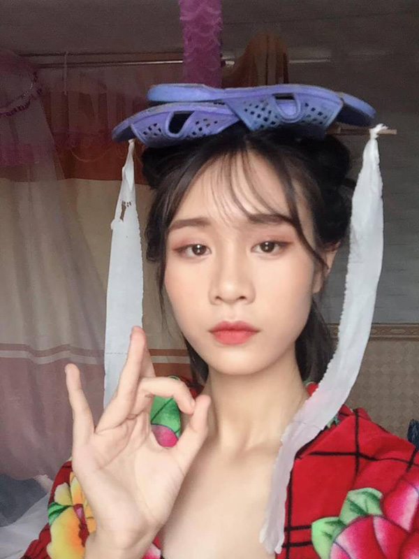 Cosplay co trang bang chan con cong, co gai khien dan mang phi cuoi-Hinh-6