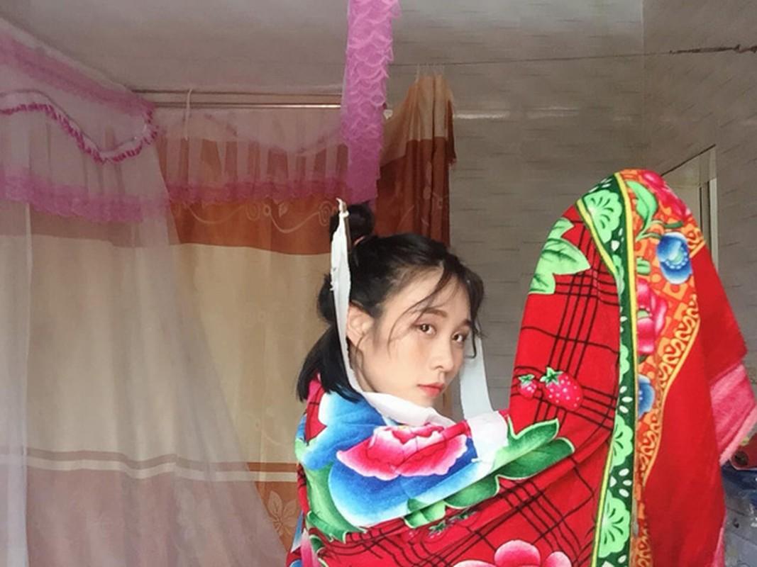 Cosplay co trang bang chan con cong, co gai khien dan mang phi cuoi-Hinh-7