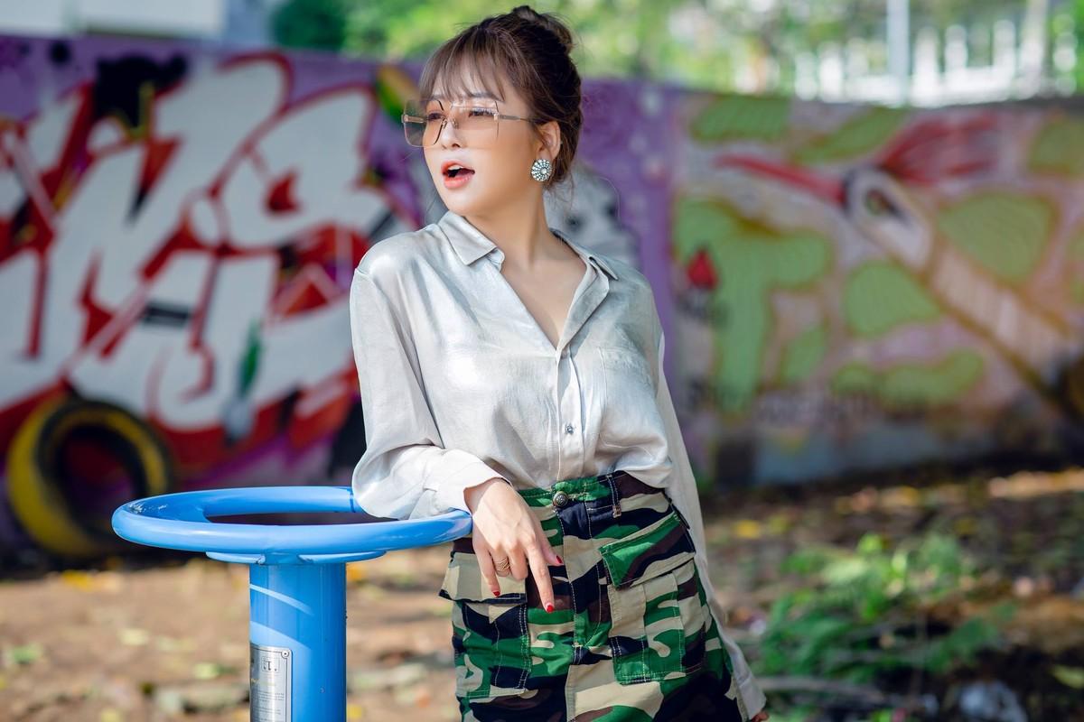 Hot girl Tram Anh thay doi hinh anh sau lum xum tinh cam-Hinh-6